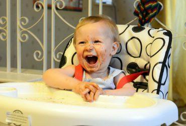 Żywienie dziecka po czwartym miesiącu życia, czyli schemat żywienia niemowląt od A do Z część 2