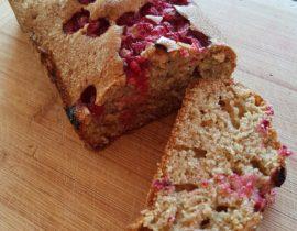 Przepis na proste i szybkie ciasto z owocami (porzeczkami)
